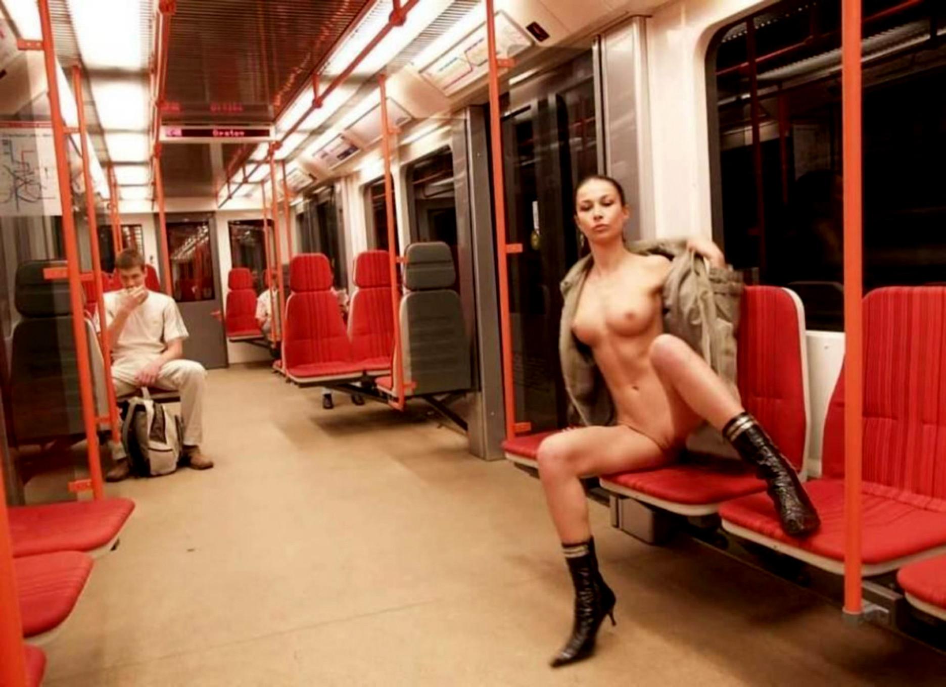 Уличный секс в праге 18 фотография