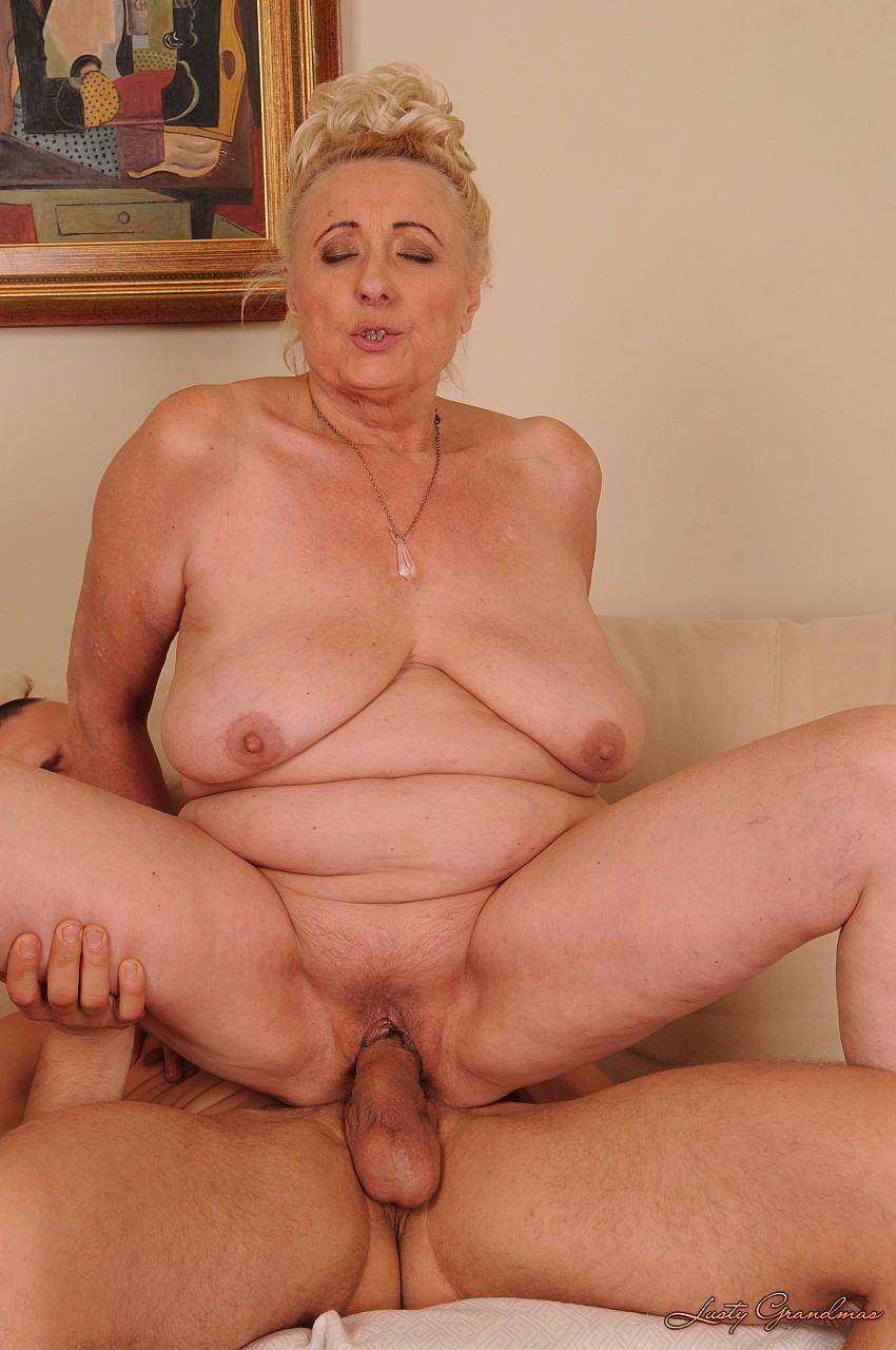 Самая старая порно баба 5 фотография
