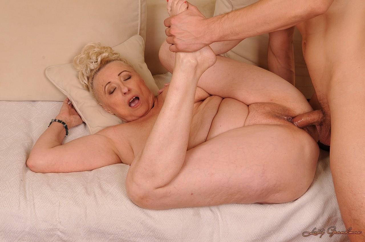 Старая порно тетка 6 фотография