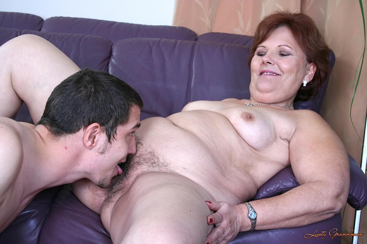 Фото секс с бабульками толстушками 1 фотография