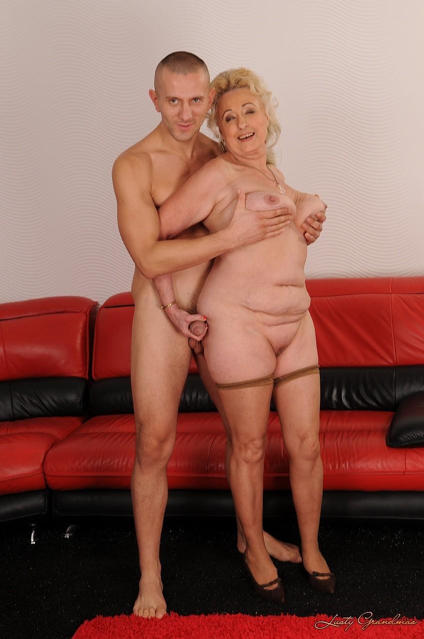 Толстая бабушка трах 13 фотография