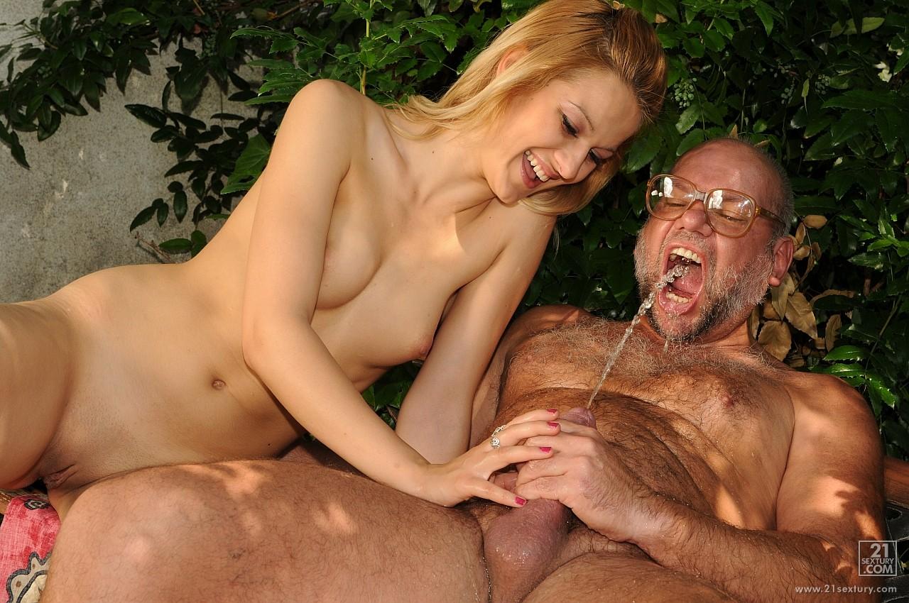 porno-starik-i-nevesta