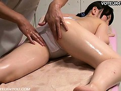 erotic-body-massage-therapist-voyeurism
