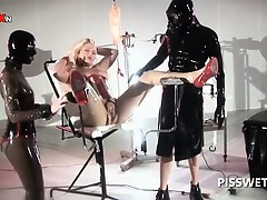 bdsm-3some-with-sex-slave-getting-cunt-tortured-for-piss