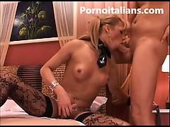 trans-brasiliana-bellissima-fa-pompino-e-si-fa-rompere-il