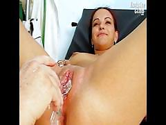 bridgit-gyno-pussy-proper-speculum-examination-at-kinky
