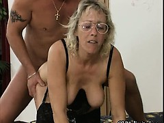 nasty-mature-woman-gets-fucked-hard-from-part3