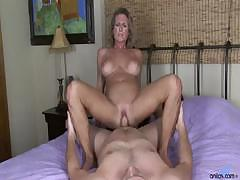 busty-cougar-hardcore-pussy-pounding