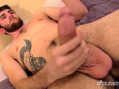 sexy-straight-jaxon-masturbating