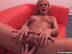big-breasted-chick-pumping-her-twat-to-get-fucked-and-jizz