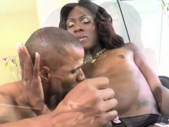 Ebony Tranny Kourtney Bangs A Hunk Guy