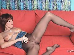 hot-leggy-milf-lily-in-sheer-black-pantyhose
