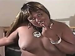 fat-black-amateur-shemale