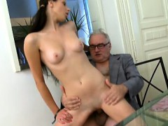 the way she puts her tricky old teacher's penis in her mouth sexy