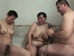 two-nasty-old-babes-are-int-he-tub-part5
