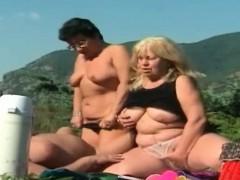 nast-grannies-in-hot-outdoor-threesome