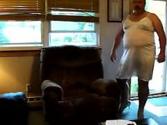 fat-woman-in-lingerie
