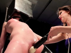 slave-gets-toyed-and-struck