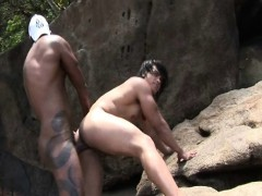 latino-men-bareback-fucking