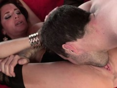 big-titted-veronica-avluv-milf-squirts