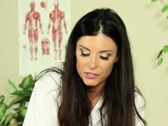 cute-lesbian-oil-massage