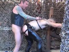 leather-gay-barebacked