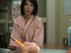 splendid-japanese-babe-fucked-by-her-horny-doctor