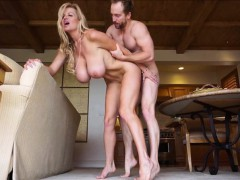kelly-madison-shares-with-you-her-vacation-fuck-videos
