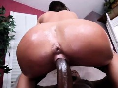 jamie-jackson-loves-big-black-cock