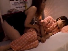 amateur-michiru-tamaki-masturbating-at-home