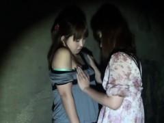 asian-lesbos-strapon-fuck