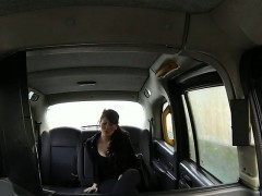 british-amateur-sucks-cock-pov-in-fake-taxi