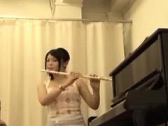 cute-horny-japanese-girl-fucked