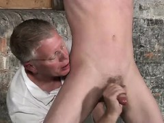 twink-video-sean-mckenzie-is-tied-up-and-at-the-mercy-of-sir