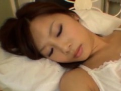 adorable-seductive-korean-babe-banging