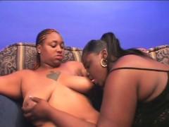 slutty-bbw-lesbo-ebony-gets-pussy-licked
