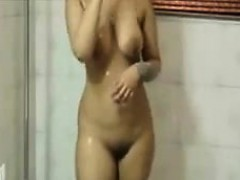 cute-indian-washes-her-beautiful-body