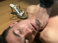 facesitting-footjob-babe