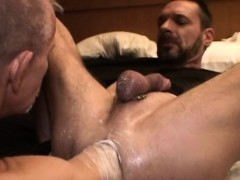 gay-dude-gets-his-tight-anus-fisted-part1