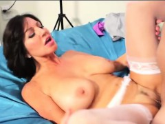 latina-pornstar-tara-holiday-fucks-kevin-wang