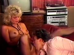 blonde-in-classic-vintage-seventies-porn
