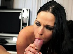 big-boobs-handjob-cumshot