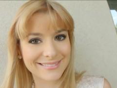 blonde-beauty-charlyse-bella-enjoys-her-gooey-internal-cum