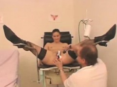 doctor-inspects-her-female-patient-naked