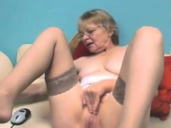 cute-grandmother-with-glasses-masturbates