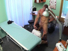 fakehospital-fit-nurse-sucks-and-fucks-body-builder