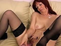 mature-slut-with-saggy-tits-masturbates