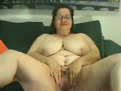 thick-and-busty-granny-teasing-her-body