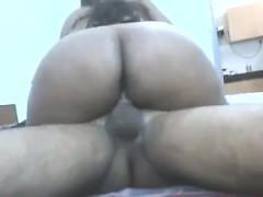 chubby indian wife having sex cuckold – نيك ساخن مع الجمال الهندى المثير جدا