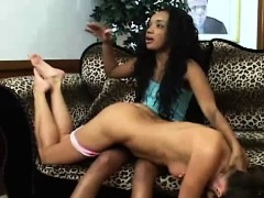 interracial-lesbian-fight